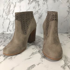Coconuts by Matisse Taupe Block Heel Booti…
